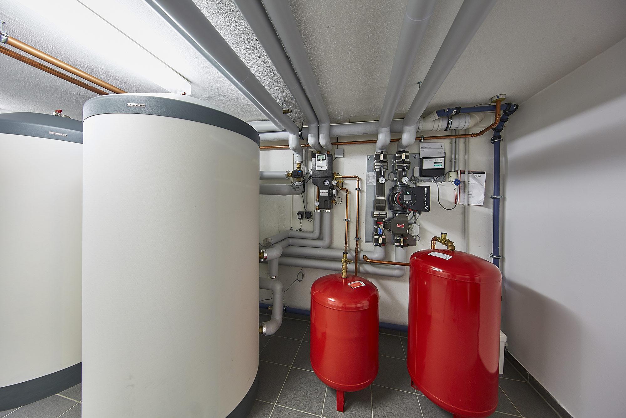 Eine Trinkwasseranlage in einem Mehrfamilienhaus.